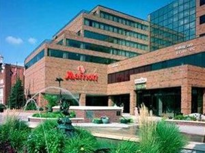 東蘭辛大學校園萬豪酒店(East Lansing Marriott at University Place)