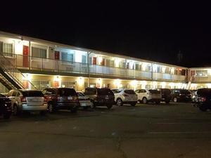 尼亞加拉瀑布城西方小屋套房汽車旅館(Westlodge Inn & Suites Niagara Falls)
