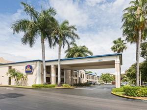 勞德代爾堡貝斯特韋斯特機場酒店(BEST WESTERN Ft. Lauderdale Airport North Cruise Port)
