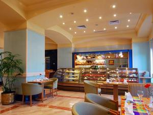 凱旋酒店會議中心(Triumph Hotel & Conference Center)