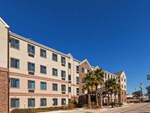 六面旗嘉年華主題公園西北Staybridge 公寓式酒店(Staybridge Suites Nw Near Six Flags Fiesta)