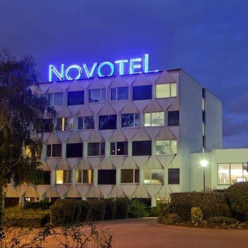 諾富特巴黎克雷泰伊爾湖濱酒店
