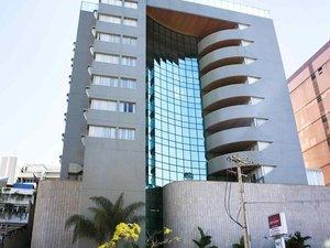 貝洛奧里藏特塞拉別墅美居酒店(Mercure Belo Horizonte Vila da Serra Hotel)