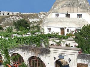 薩克斯甘巖洞酒店(Cave Hotel Saksagan)