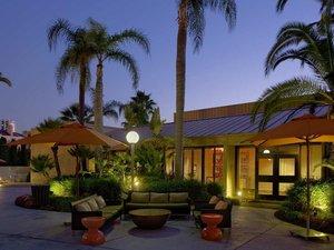 愛爾文奧蘭治機場希爾頓酒店(Hilton Irvine-Orange County-Airport)