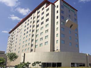 古爾岡烏德約格維哈爾卡爾森套房酒店(Country Inn & Suites By Carlson,Gurgaon Udyog Vihar)