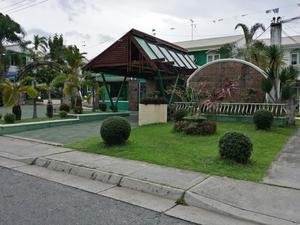 亞洲格林維爾度假村(Asian Green Ville Resort)