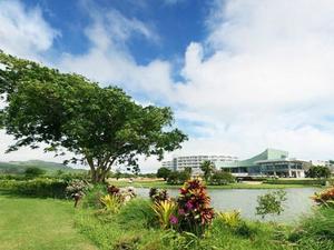 勞勞灣高爾夫度假村(Lao Lao Bay Golf and Resort)
