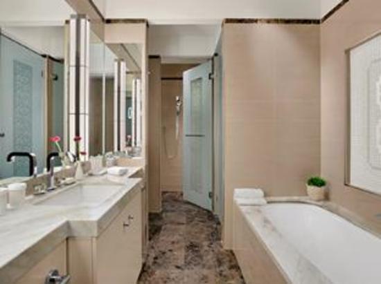 厕所 家居 起居室 设计 卫生间 卫生间装修 装修 550_411