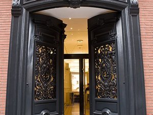 陽台大酒店(Le Grand Balcon Hotel)