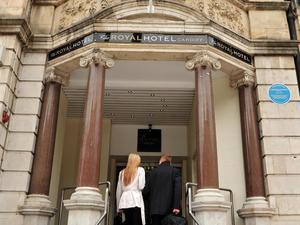 卡迪夫皇家酒店(The Royal Hotel Cardiff)