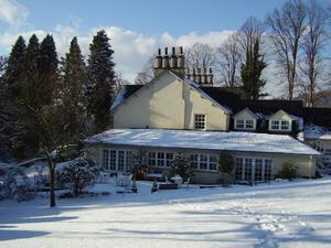 布瑞伍德鄉村別墅酒店(Briery Wood Country House Hotel)