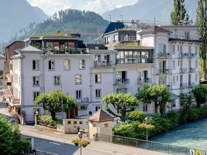 阿爾卑小屋青年旅館(Alplodge Hostel)