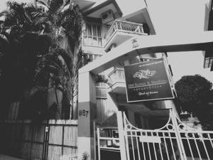 HM套房工作室酒店(HM Suites & Studios)