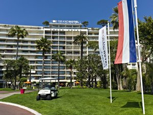 格蘭德酒店(Grand Hotel)