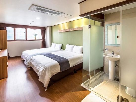http://q.bstatic.com/images/hotel/max1024x768/749/74972561.jpg_top palace hotel jeju