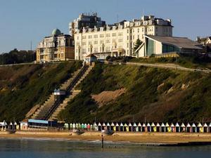 博內茅斯海克利夫萬豪酒店(Bournemouth Highcliff Marriott Hotel)