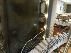 水晶宮殿酒店(Crystal Palace Hotel)