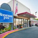 羅德威酒店(Rodeway Inn)