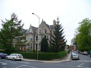 哈伍德旅館(Harewood Lodge Guest house)