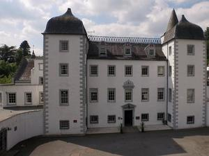 埃德爾斯頓男爵城堡美居水療酒店(Mercure Peebles Barony Castle Hotel)