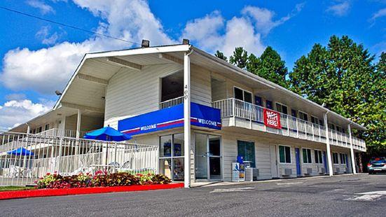 湯華特-奧林匹亞6號汽車旅館