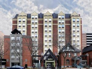 渥太華國會山麗笙酒店(Radisson Hotel Ottawa Parliament Hill)