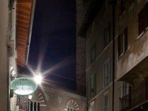 艾爾伯格歐羅洛吉歐酒店(Albergo Orologio)