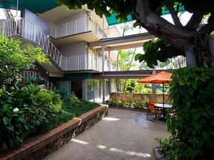 太平洋碼頭城堡酒店(Castle Pacific Marina Inn)