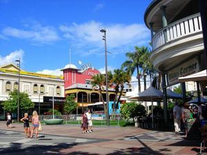 凱恩斯南十字星公寓(Southern Cross Atrium Apartments Cairns)