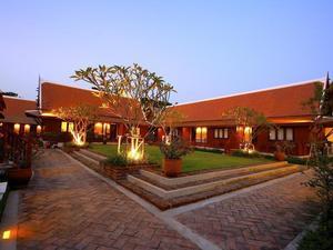 素可泰萊根達酒店(Legendha Sukhothai Hotel)