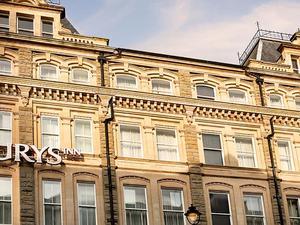 卡迪夫朱瑞思酒店(Jurys Inn Cardiff)