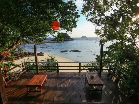 丽贝岛塞伦迪皮蒂海滩度假村(serendipity beach resort koh lipe)