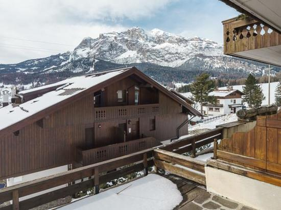 Buy a house in Cortina dAmpetstso oceanfront