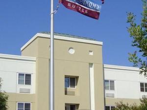 坎德爾伍德套房奧蘭治縣/歐文光譜酒店(Candlewood Suites Orange County/Irvine Spectrum)