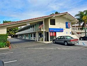 卡馬里奧6號汽車旅館(Motel 6 Camarillo)