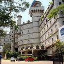 拉邦城堡酒店(Amrutha Castle Hotel)