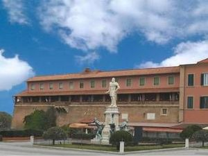 格蘭杜卡酒店(Gran Duca Residence)