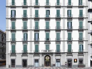 拿玻里民宿酒店(B&B Hotel Napoli)