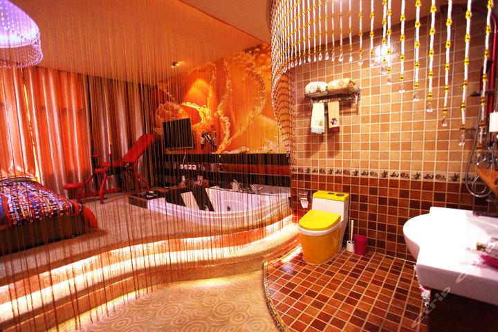 大连天爱主题浴缸房款-a主题v主题情趣酒店做爆怎么样情趣内衣图片