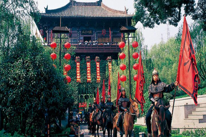 杭州千古情主题酒店高级房+宋城千古图片