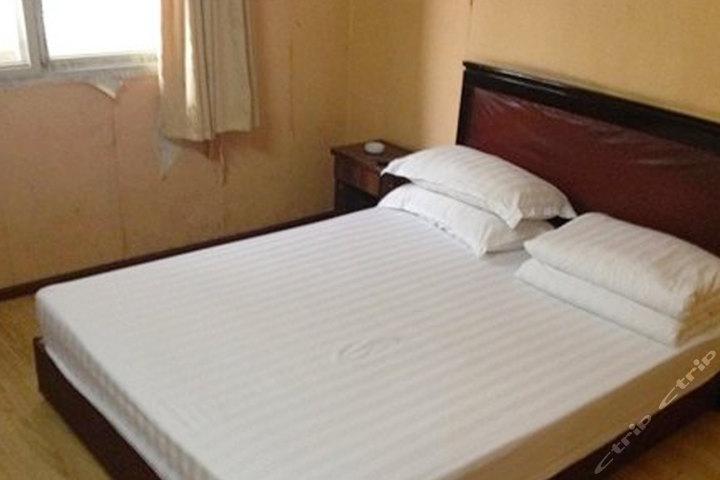 襄阳晶鑫宾馆(标准大床房)