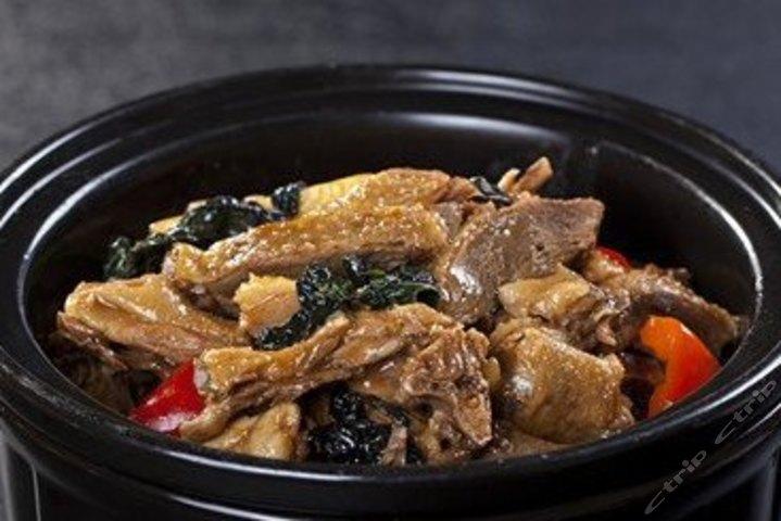 北京鸡和鸭农庄_聚源农庄紫苏焖鸭