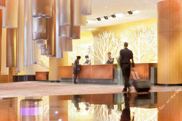 青岛海尔洲际酒店-洲际豪华房