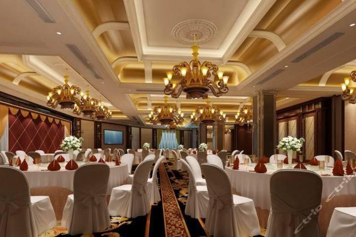 梁平名豪国际大酒店—餐厅一角图片