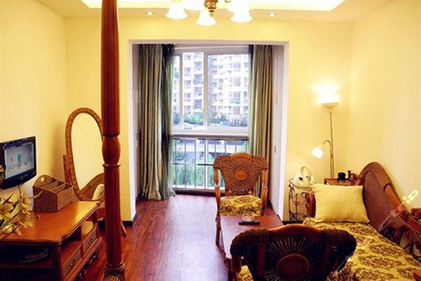 成都新会展小小家酒店式公寓-欧式宜家房/中式豪华房