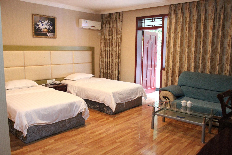 普通小宾馆图片大全-宾馆装修效果图大全-低档宾馆床