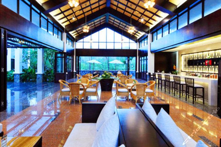 海南明道鹤川温泉酒店(3种房型 双早)