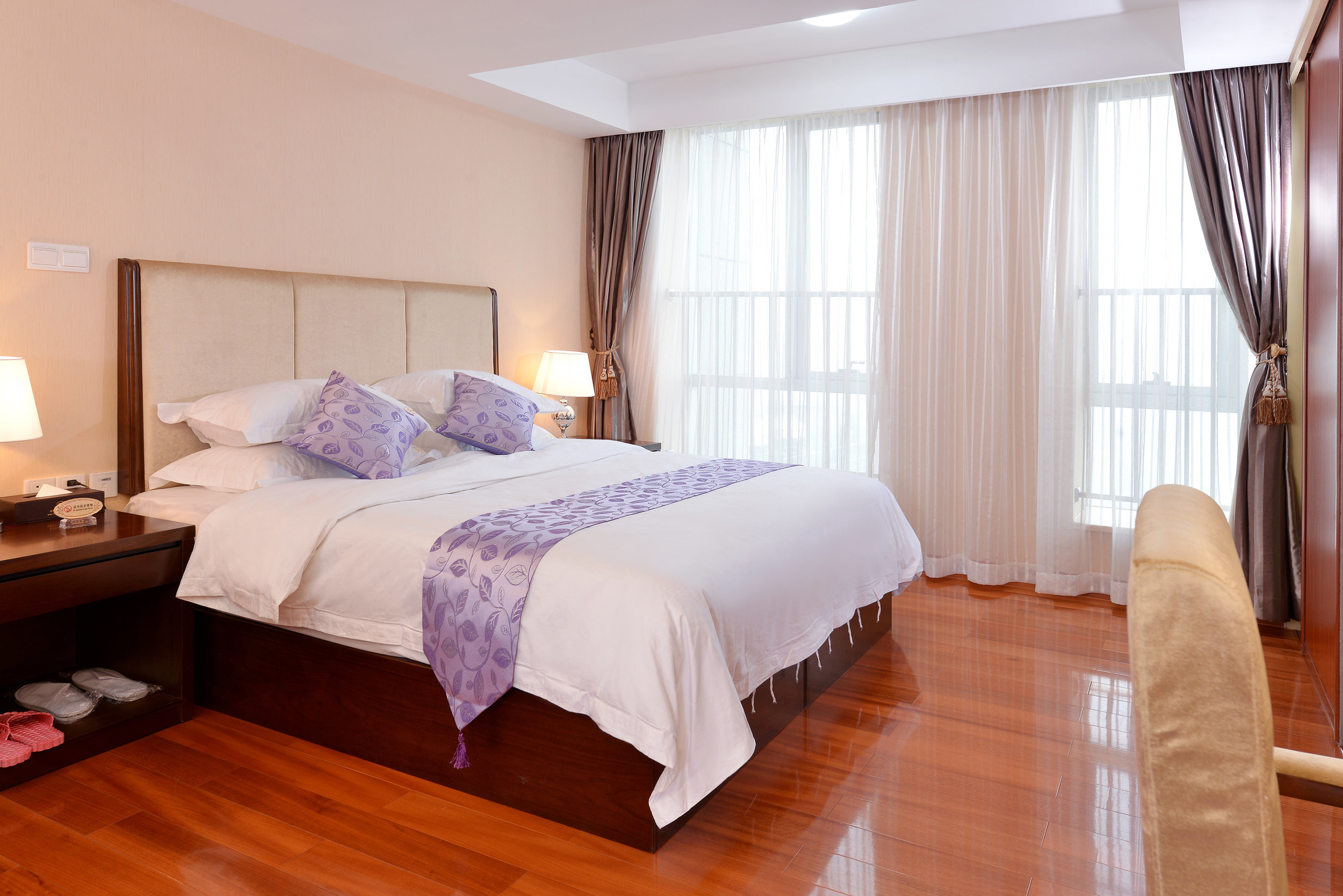 背景墙 房间 家居 酒店 设计 卧室 卧室装修 现代 装修 2500_1669