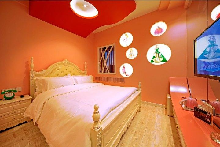 哆啦a梦可爱房间